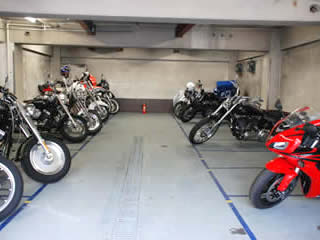 バイク駐車場 渋谷松涛